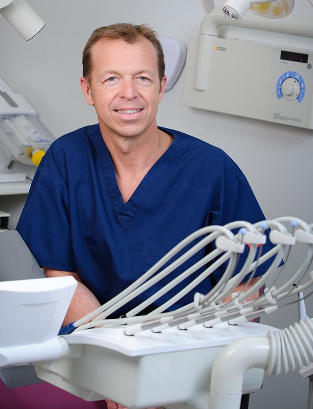 Dr jean-christophe-juget Chirurgien dentiste